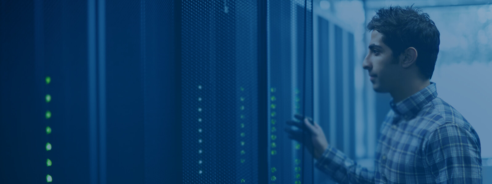 Server infrastructure management is a must. Simplificați, automatizați și optimizați operațiunile IT cu ajutorul Dell EMC OpenManage